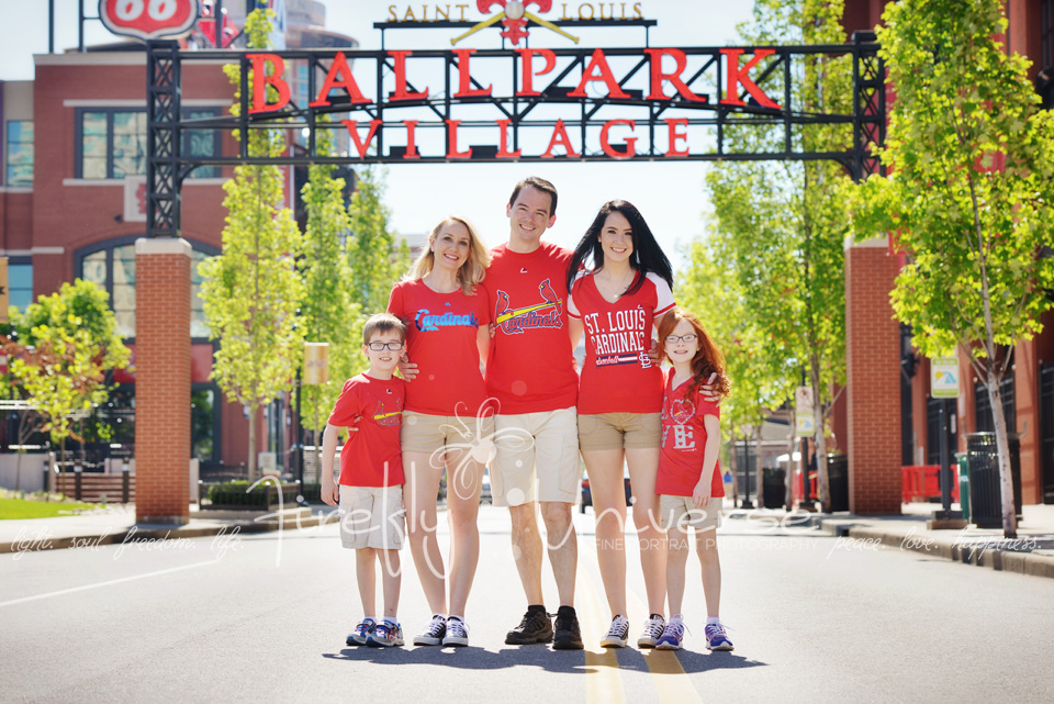 st-louis-family-photographer-busch-stadium (1a)
