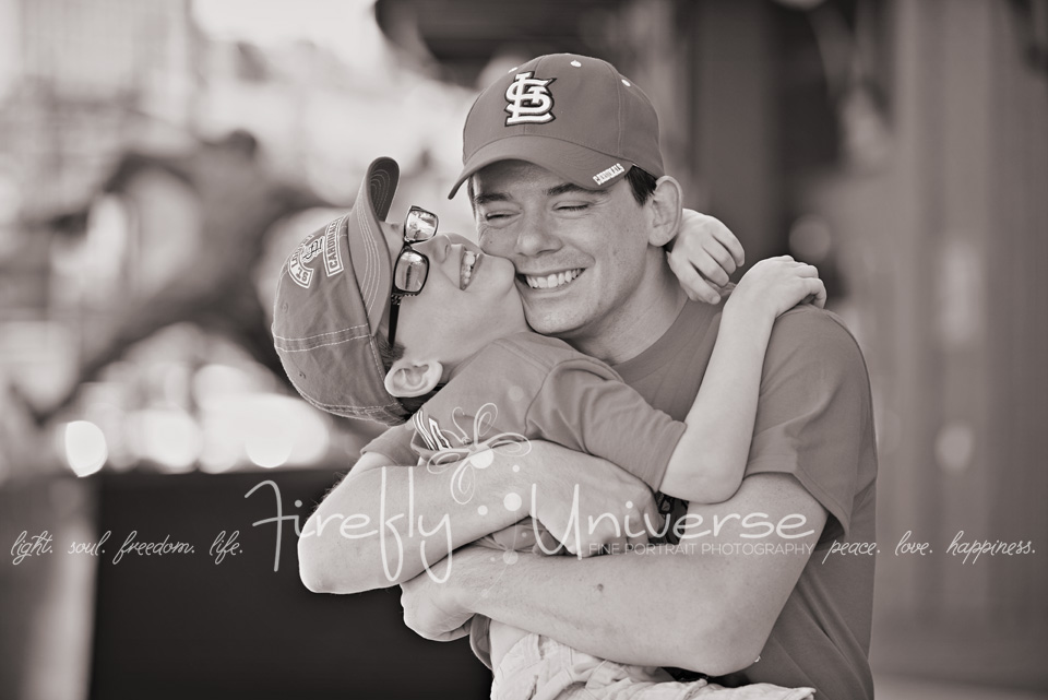 st-louis-family-photographer-busch-stadium (9)